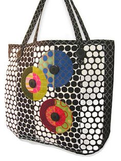 Great fabric choice. Quilt Inspiration: Free pattern day: Tote bags !