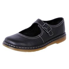 Become A Shoe Expert By Reading This ** For more information, visit image link. Orthopedic Shoes, Wide Shoes, Buy Shoes Online, Dress Shoes, Women's Shoes, Hello Gorgeous, Types Of Shoes, Leather Working, Womens Flats