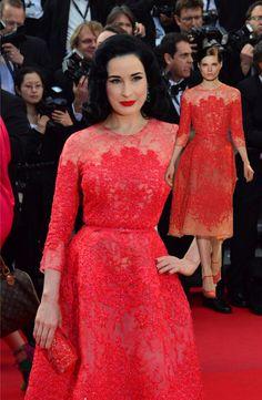 RED CARPETஇ> Dita von Teese in Elie Saab Spring 2013 Couture - MAVIENROSE
