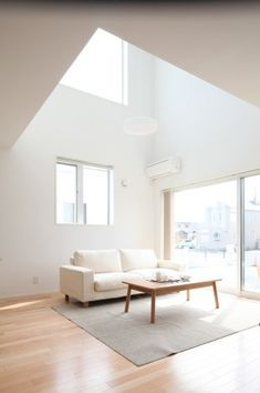 White on white minimal interior decor.