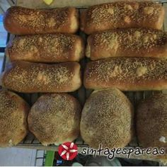Μπουρεκάκια ή κουρού Bread, Food, Breads, Hoods, Meals, Bakeries