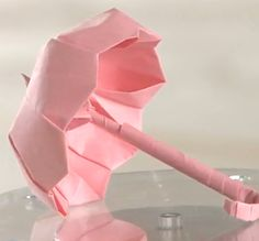 Origami Schirm How to fold paper umbrella Origami Paper Folding, Origami And Kirigami, Napkin Folding, Diy Origami, Oragami, Papier Diy, Paper Umbrellas, Diy Paper, Washi