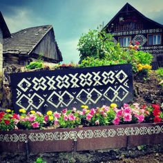 See 51 photos and 2 tips from 358 visitors to Čičmany. Wooden Cottage, Mountain Tattoo, Central Europe, Bratislava, Eastern Europe, House Painting, The Locals, Old World, Body Art Tattoos