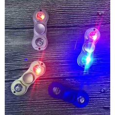 Fidget Spinner - mini LED Super lækker Spinner i alu med LED lys DK's billigste - dag til dag levering i DK Rigtig godt legetøj til alle aldre - kan bruges til afstressning, tricks eller blot til at holde hænderne beskæftigede
