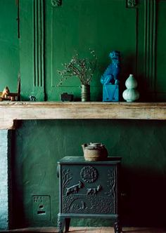 green is one of my favorite color. so let's think green today because of spring time! green is classy. le vert est une de mes co. Color Inspiration, Interior Inspiration, Interior Ideas, Interior Decorating, Decorating Ideas, Color Secundario, Green Apartment, Green Cabinets, Green Rooms