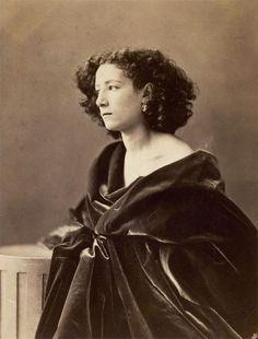 Nadar's photo of actress Sarah Bernhardt.