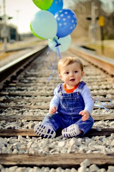 First birthday photo ideas. Love the train tracks ♥