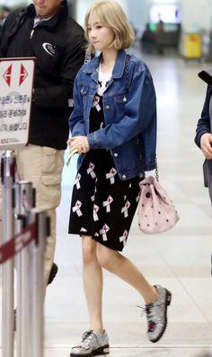#snsd, #taeyeon, #airport, #fashion