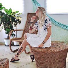 Vestido bordado DressTo 💙 #vem  E para as meninas de outras cidades e estados: Compras e Informações sobre preços e formas de pagamentos via Whatsapp 31-99787-8884☎️📞 Enviamos pra qualquer lugar do Brasil📦  Aceitamos todos os cartões de crédito 💳  #dressto #lookdodia #exclusividade #mariamorena #addicted #inlove #instafashion  #igersbrasil  #lifestyle #welove  #bohostyle #cool #instagood #fashion #modafeminina #moda #streetstyle #adorofarm #sãojoãodelrei #fashionista #instapic #ootd…