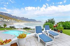 Check the photos cool Clifton beachfront 4 bedroom self catering apartment