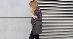 SROKA shopper bag - wygaszona czerń - SROKA_BAG - Torby na ramię