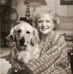 """Betty White w/ Golden Retriever - vegan and only surving cast member of the Golden Girls, even told Barbara Walters that she prefers animals to humans because """"they never lie. Betty White, Golden Girls, Barbara Walters, Black Sharpie, Famous Faces, Old Hollywood, Famous People, Wise People, In This World"""