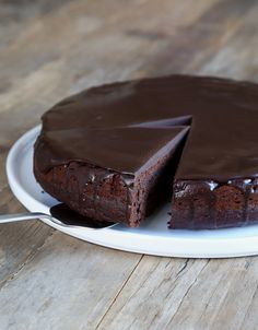 One Bowl Gluten Free Chocolate Cake -- use #coconutoil instead of vegetable oil!
