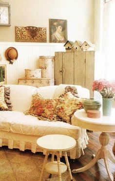 Always love the shabby chic with darker wood floors. love the balance of texture here!