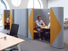 Haven is an acoustic office booth designed to house meetings or concentrated work. The Haven booth is also a useful study booth which can be located in libraries & educational centres. Industrial Office Design, Office Interior Design, Corporate Interiors, Office Interiors, Office Screens, Cool Office Space, Office Spaces, Office Pods, Modular Office
