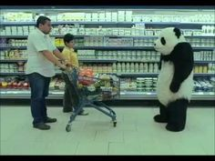 ▶ Panda Publicite pour le fromage Version française - YouTube