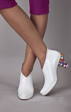 Why Not? Candy Filled Shoes = Wacky Willy Wonka Ware