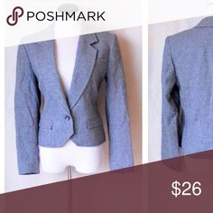 """Classic Pendleton Blazer So sharp. Goes with everything and gives you that """"put together"""" look. Perfect neutral jacket blazer to wear over anything this season Lightweight Lined One spot on elbow, underside. Hard to see. See images  Size medium Bust  36"""" Arm length 22"""" Length 21"""" Pendleton Jackets & Coats Blazers"""