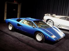 "This Lamborghini Countach LP400 ""periscopa"" wallpaper was upload at 2008-02-21 06:36:32 upload by pathological in Flickr. Don't forget to Like & Share the image if you enjoy i…"