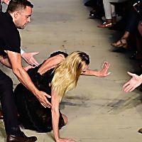 Top 5 Model-Stürze : Stolperfalle: Catwalk