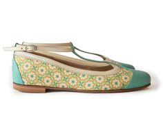 4122e840b 43 mejores imágenes de Romantic Shoes