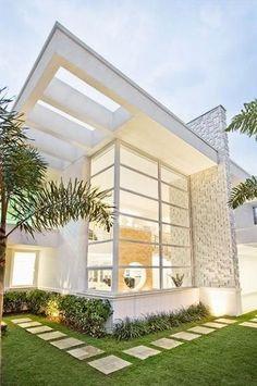 Fachadas de Casas Modernas -click 2 cute site, but I can't FIND THE PLAN 2 this beauty. c if u can, please.