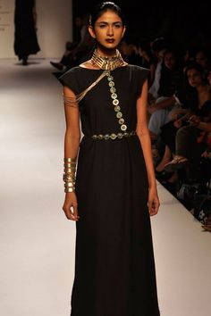 SUHANI PITTIE AT LAKME FASHION WEEK. Shop straight off the runway…