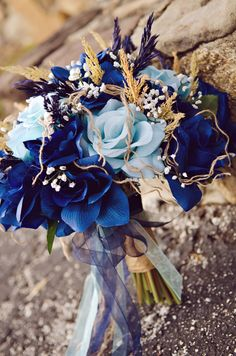 #Blue #Wedding … ideas, ideas and more ideas about HOW TO plan a wedding ♡ https://itunes.apple.com/us/app/the-gold-wedding-planner/id498112599?ls=1=8