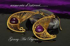orecchini fatti a mano tecnica wire wrapping con fili di rame placcato oro pietre dure