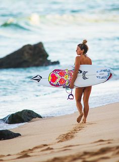 "surf4living: "" 2014 Women's Rankings #12 - Coco Ho This year was probably the worst in Coco's career. I kinda lost faith on her halfway through the year. She was getting awful results that don't..."