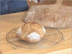 Make artisan bread in 5 minutes a day without kneading, starter, proofing yeast or a bread machine