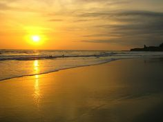 #Montañita draws large numbers of #surfers during the day time, but #WhenTheSunGoesDown, Montañita comes alive! This is a backpackers paradise to relax and recuperate after your journey around #SouthAmerica! It doesn't hurt they also have beautiful #sunsets on the water at this lively beach in #Ecuador! #TreasuresOfTraveling #TravelBlog www.treasuresoftraveling.com