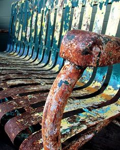 rusty bench by the curious deer Rust Never Sleeps, Rust In Peace, Rusted Metal, Peeling Paint, Vintage Metal, Vintage Bench, Wabi Sabi, Textures Patterns, Art Photography