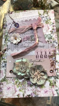 Bella Vintage Notebook by bellavintagenotebook Fabric Journals, Journal Paper, Journal Cards, Junk Journal, Shabby Chic Karten, Shabby Chic Cards, Vintage Crafts, Shabby Vintage, Retro Vintage
