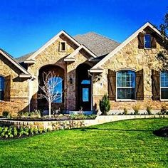Can you say wow. Who wouldn't love a home like this located in the beautiful community of evergreen estates in Harker heights, tx. Go to www.forthoodtxrealtorpro.com for all the details.  #harkerheightstx #harkerheightstxhomesforsale #realestate #homesforsale #houses #realtors #texas #texasrealestate #realestateagent #REMAX realtors#realestateinvestments #upscalehomes