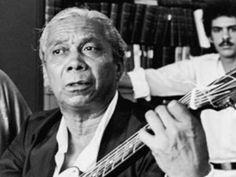 Compositor exímio, a qualidade musical de Nelson Cavaquinho paira sobretudo a forma poética de suas letras. Trazendo a realidade do seu cotidiano e traduzindo sentimentos, suas canções são simples e ao mesmo tempo, profundas. Entre todas as vertentes do samba, destacou-se dentro com seus sambas canções.