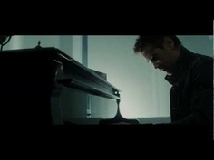 This is one of my favorite scenes from the new Total Recall movie with Colin Farrell. I totally want a piano code for the entrance to my room, ah that would be awesome. :)