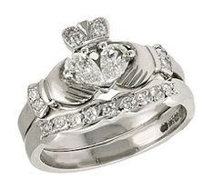 Claddagh - i love this i need this ring to go with my tattoo!!