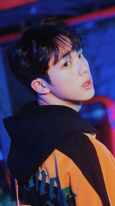 Seokjin, Superhero Party Bags, Bts Birthdays, K Idol, Bts Fans, Worldwide Handsome, Bts Jungkook, Bts Wallpaper, Bts Memes