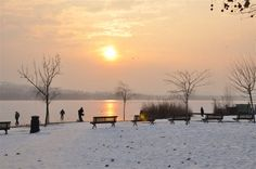 tramonto al lago.