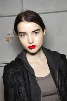 Red lips, dark brows, bare face. I've been aiming for this lately, though it's a pretty intense look honestly.
