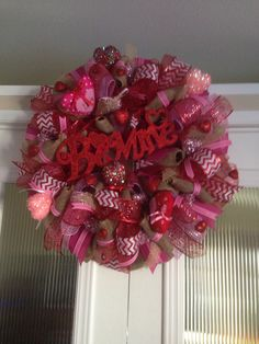 Be mine wreath created and designed by Ronda Cromeens. Very detailed XL 60$