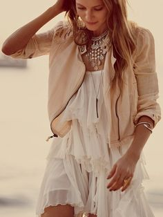 love dress and jacket. not the necklace. too busy. but pretty neutral colours, soft and flowy summer :)