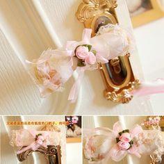 Pink Rose Lace Doorknob Cover  Price: IDR 40.000 ( 1 set 2 pcs )  For Order : Pin bb : 5279D5D2 Line : etfelicel1 WA : 085216016388 Ig : etfelicel FB : www.Facebook.com/etfelicel.shop www.etfelicel.com