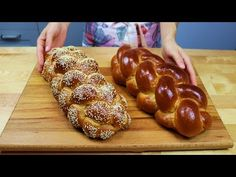 Воздушная Хала или Плетёнки из 4 и 6 жгутов (English subtitles) - YouTube Bread Recipes, Baking Recipes, Dessert Recipes, How To Make Bread, Food To Make, No Carb Bread, German Bread, Bulgarian Recipes, Cooking Chef