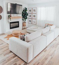 Home Living Room, Apartment Living, Living Room Designs, Living Room Decor, Living Spaces, Modular Sectional Sofa, Decoration Design, Cozy House, Family Room
