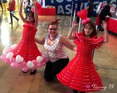 Balloon dresses for Children's Heart Foundation in Las Vegas Ballon costumes designed by Tawney B. http://worldinflated.com