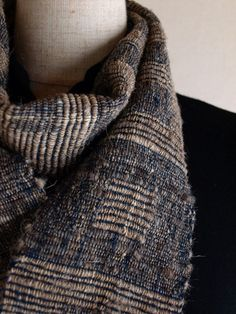 Handwoven Rustic Scarf        Textile COCOON/Harue Nishikawa  http://www.iichi.com/listing/item/3014