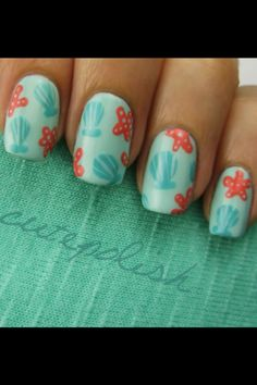 Cutepolish's Seashell & Starfish nails. So cute and perfect for summer at the beach!!