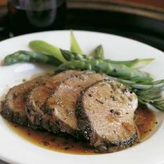 Garlic and Rosemary-Roasted Leg of Lamb #GlutenFree